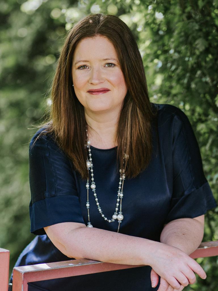 Photograph of Diane Allen